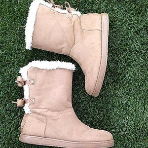 guess tan lace up boots